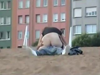 Watch - Voyeur films a couple fucking out in the open