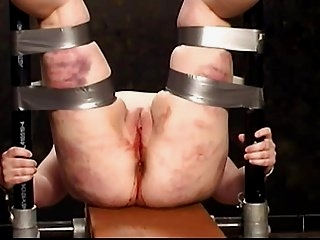 Watch - Cunt Torture The Hooks
