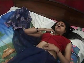 Watch - Desi Aunty Getting Ready For the Night
